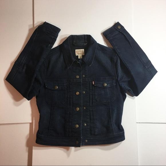 Levi's Jackets & Blazers - Levi Strauss Women's Jean Jacket Size 6